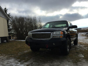 2004 GMC Sierra 1500 SLT fully  loaded Pickup Truck