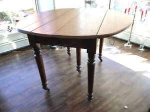 Period 5 leg dining table