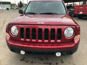 2015 JEEP PATRIOT NORTH EDITION 4X4 134147 KM INSPECTED