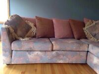 Sectional sofa/couch in awesome shape!