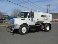 2005 International 4300 Camion à eau
