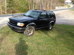 1998 Ford Explorer Coupe (2 door)  AWD