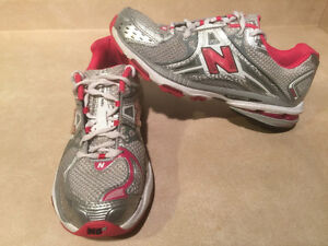 Women's New Balance Cabzorb FL Running Shoes Size 10 London Ontario image 6