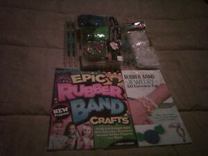RUBBER BAND CRAFT SETS with two book with lot to make