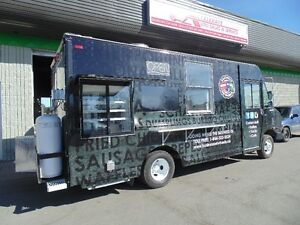 CUSTOM BUILT FOOD TRUCKS & TRAILERS-BE YOUR OWN BOSS!