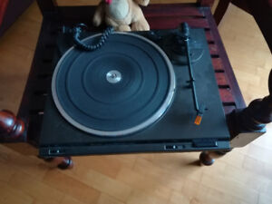 Turntables for sale record player turntable Toshiba JVC