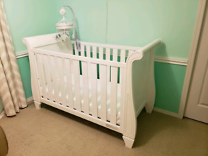 Crib with mattress and change table