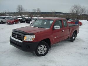 2008 TOYOTA TACOMA EXT CAB 2WD 4DR RED IN COLOR $10900 PLUS HST