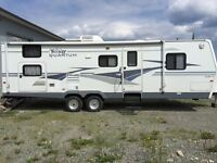 2004 30ft Terry Quantum Travel Trailer