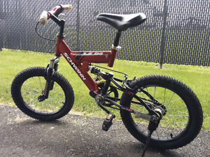 Vélo Schwinn pour enfant avec suspension