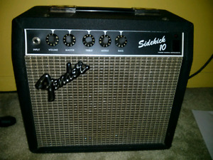 VINTAGE FENDER SIDEKICK 10 AMP SERIES NO. 1119 50/60 Hz 25 WATT