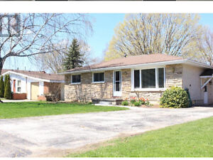 3 Bedroom brick bungalow in Meaford for rent