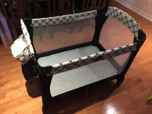 Graco playard in great condition