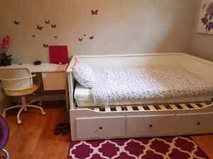 Short term Fully furnished room near Whyte ave, Bonnie Doon.