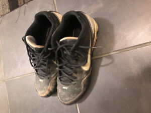 Nike baseball  cleats. Men's size 8.5