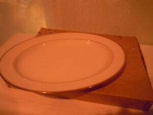 Meat Platter / Meat Serving Plate - Noritake - Ivory China
