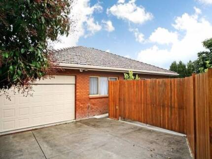 1*Northfacing Sunny room for rent in carneige monashcaufield Carnegie Glen Eira Area Preview