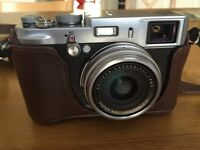 *MINT* Fujifilm X100s camera with lots of extras