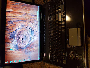 Hp pavilion dv-7 (good condition)