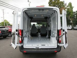 2016 Ford Transit 250 Van Med. Roof w/Sliding Pass. 148-in. WB Peterborough Peterborough Area image 17