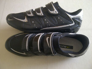Nike road cycling shoes, men's size 12 London Ontario image 2