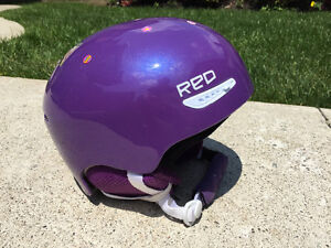 Kids RED pure snow helmut w/ goggles (2x)