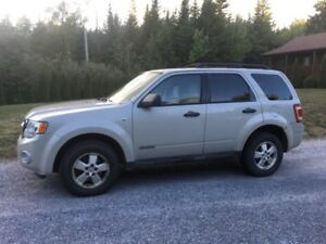 2008 Ford Escape.