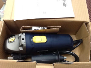 new in box mastercraft 4.5inch 7amp angle grinder