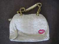 Awesome Valentine's Day gift! Betsey Johnson Purse
