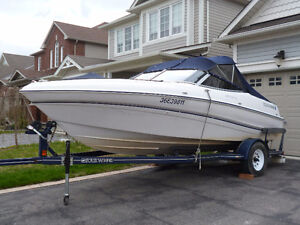 18' Horizon RX Bowrider with Custom Matched Trailer