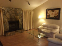 Furnished MAIN floor house close to Airport-easy access Downtown