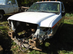 2003 Ford XLT F450 4x4 7.3 Diesel cab chassis parts