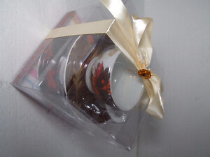 Brand new in box set of 4 tea cups and saucers London Ontario image 4