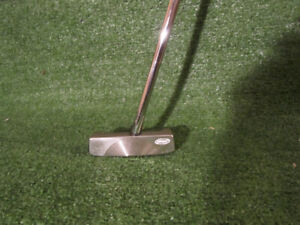 RH Yes! Emma, C-Groove Putter