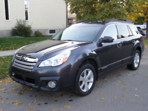 2013 Subaru Outback 2.5 L Touring SUV, Crossover
