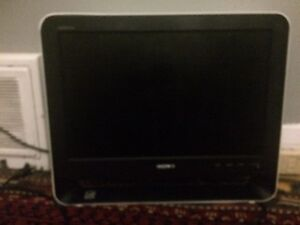 SONY SCREEN MONITOR/TV 19inch SIMILAR TO IMAC. RETAILS FOR $500+