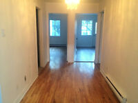 Verdun, 5 1/2 to rent for $900.00 a month