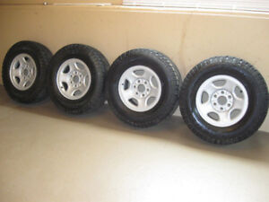 Heavy Duty Wild Country XTX Sport. Truck Tires. Lt 245/75 r 16