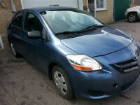 2007 toyota YARIS, AUTOMATIQUE. AIR CLIMATISE, TRES PROPRE