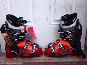 Boots Atomic Magna 110 26.0 NEW