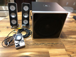 Logitech Z4 Speakers with Subwoofer