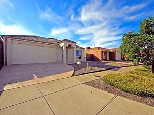 One room for rent in a 3bed2bath house,hoppers crossing,$100/wk Werribee Wyndham Area Preview