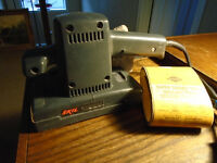 SKIL HI-SPEED ORBITAL STRAIGHT SANDER - MODEL 7382T2
