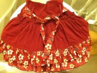 🐨 Lovely dark red corduroy skits age 4 years