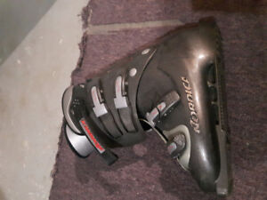 Ski boots mens 27-27.5 (approx 9 -9.5)