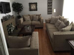 High end sofa set - BARGAIN chance