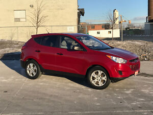 2010 Hyundai Tucson Automatic, Low km, 3 Year warranty available