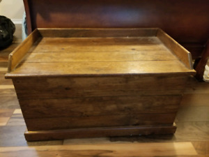 Solid Wood Toy Box