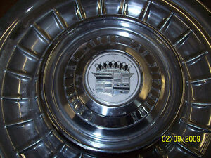 CADILLAC RIMS 1959-60,SKIRTS,DASHES,BUMPER ENDS,HUBCAPS,CARS. London Ontario image 4