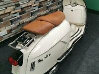 Royal Alloy GP 125cc Modern Classic Retro Automatic Moped Scooter FOR SALE